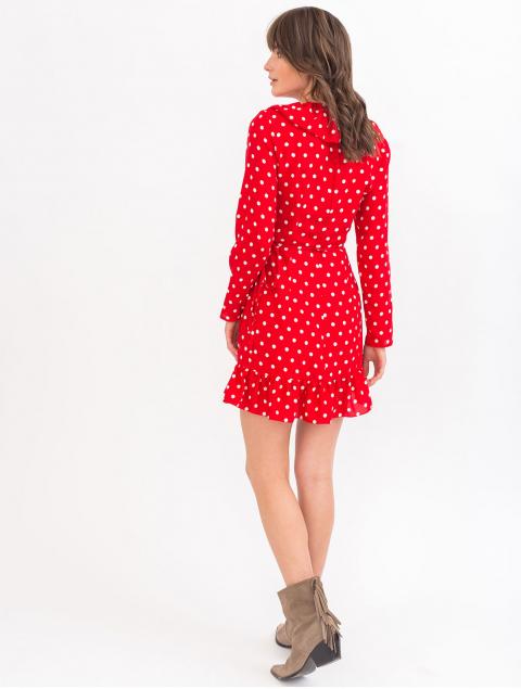 Приталенное платье с рюшей